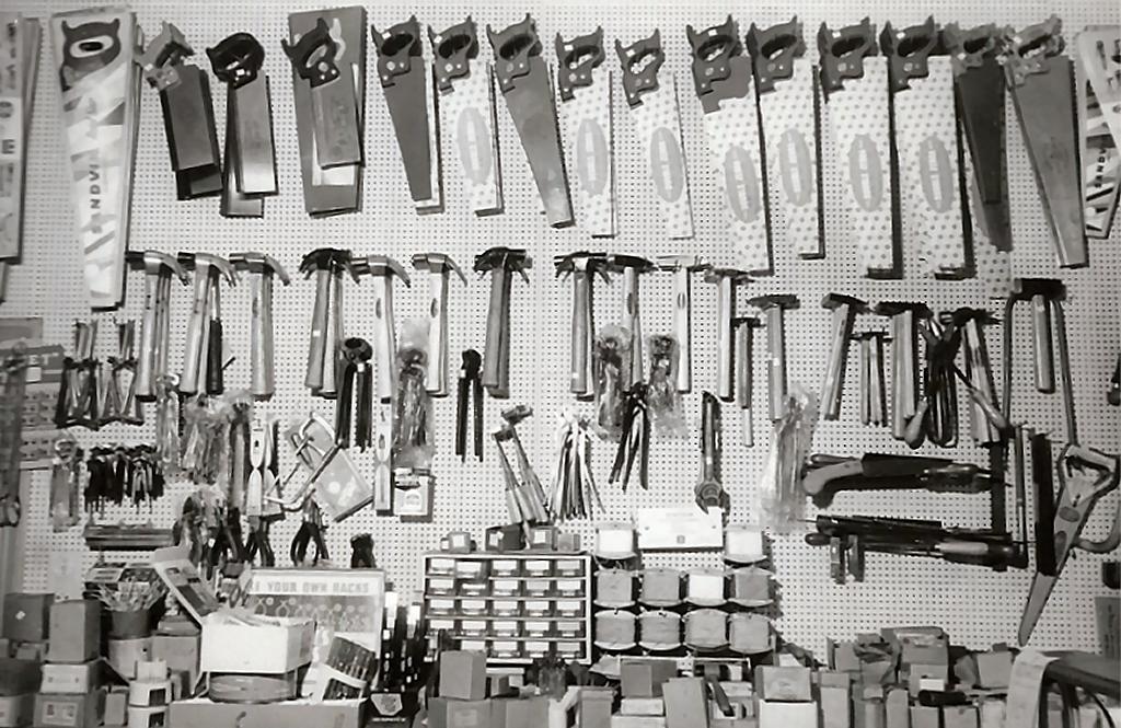 1966 IJzerwaren en gereedschappen Jonker